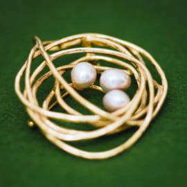 birds_nest_pearl_gold