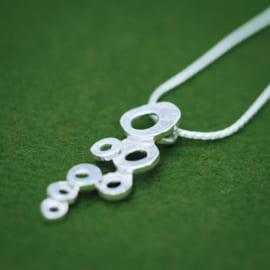 bukubuku-pendant