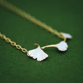 gingko-necklace