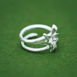 lily-ring